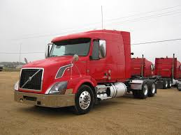 red volvo truck used 2007 volvo 670 tandem axle sleeper for sale in tx 1066