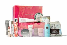 10 beauty gifts for mom mothers day gift guide 2017 top 10 mother s day gifts birch box
