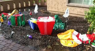 7 amazing funny outdoor christmas decorations tierra este 4013