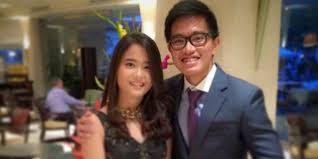 profil gibran jokowi mengenal gadis cantik yang dirangkul putra bungsu jokowi dream co id
