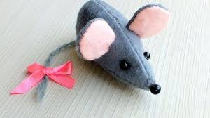 how to sew a cute felt mouse diy crafts tutorial guidecentral