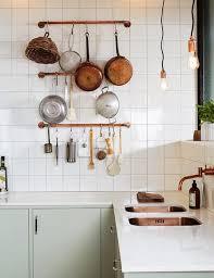 ustensiles de cuisine en cuivre plan de travail cuivre beautiful plan de travail cuisine inox