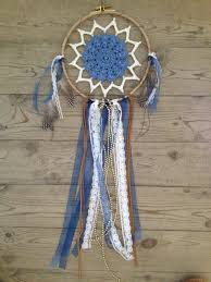 chambre d h es dr e attrape rêves petit bleu cercle en bois suédine et rubans