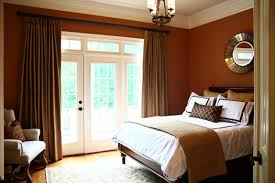 What Color Goes With Brown Furniture by Blue Bedroom Walls What Color Curtains Go With Master Bedrooms