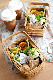 picnic basket ideas 64 best picnic images on picnics japanese food and bento