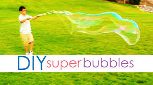diy super bubbles learn to make homemade bubble solution now