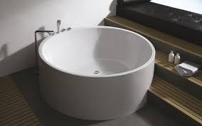 Acrylic Freestanding Bathtub Aquatica Imagination Wht Freestanding Acrylic Bathtub