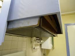demonter une hotte de cuisine changer de hotte à visière