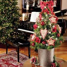 Decorated Live Christmas Trees Tabletop by 110 Best Elegant Tabletop Christmas Trees Images On Pinterest