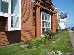 hallmark resort newport or booking com