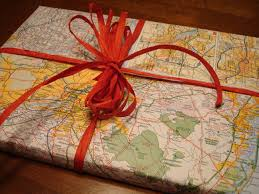 Map Wrapping Paper Gift Wrapping Tutorial Part 2 Everyday Objects As Wrapping