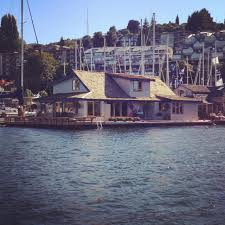 Sleepless In Seattle Houseboat by Seattle Zooming Way Out