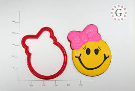 thanksgiving emoticon smiley face cookie cutter the gingerbread cutter company