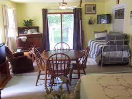 living room suit boarding house