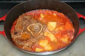 cuisiner le jarret de boeuf jarret de boeuf en goulash à la hongroise amafacon