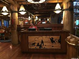 dining location whispering canyon cafe