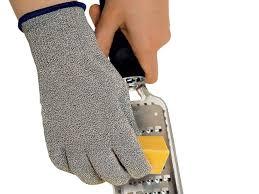gant de protection cuisine anti coupure gant anti coupure microplane meilleurduchef com