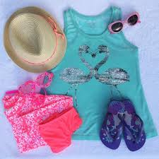 Florida travel gear images Chic kids travel gear for spring break in florida travel fashion jpg