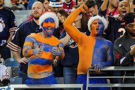 chicago bears fan site chicago bears fans warned to bundle up for cold game on monday night