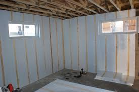 isolation plafond chambre isolation cave comment bien isoler un sous sol et plafond