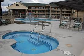 Comfort Suites In Pigeon Forge Tn Quality Inn At Dollywood Lane Pigeon Forge Tn