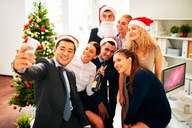 tips and ideas for an awesome office christmas party voiceglo