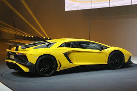 Lamborghini Aventador Features - 750hp lamborghini aventador superveloce unveiled photo u0026 image gallery