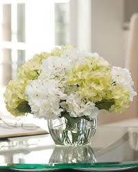 decor dining room design with hydrangea arrangements and clear
