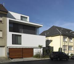 narrow modern homes best lovely contemporary architecture homes design trendy concept