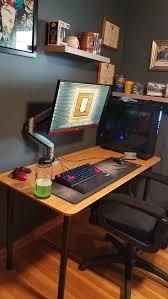 gaming pc desks best 25 pc setup ideas on pinterest gaming pc set gaming setup
