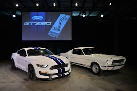 carroll shelby ford mustang carroll shelby annual tribute and car aims to host largest