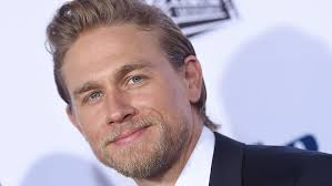 how to get thecharlie hunnam haircut charlie hunnam on fifty shades exit worst professional