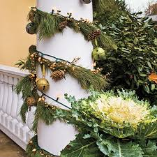 Outdoor Garland With Lights by Lights Bows Greens Decking Your Outdoor Halls For Christmas