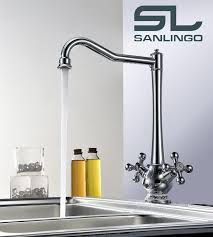robinetterie evier cuisine evier cuisine deux poignee mitigeur robinet chrome sanlingo bec