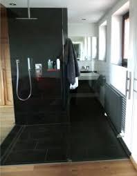 badezimmer schiefer naturstein schiefer im bad pflegen farben de aktuell