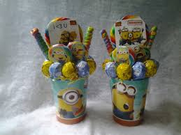 minions centerpieces one made to order despicable me 2 lollipop bouquet a great gift