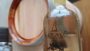 Bathtub Gin Reviews Review Of Bathtub Gin Palo Cortado Cask Aged Navy Strength Gin By