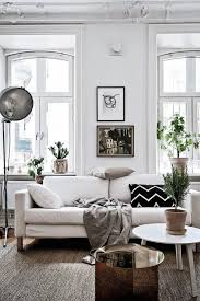 wall decor ideas for small living room best 25 small living rooms ideas on small space