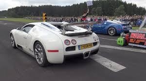 future bugatti veyron bugatti veyron 16 4 grand sport vs bugatti veyron 16 4 grand sport