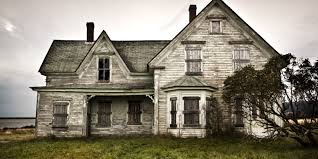 a brief history of haunted houses