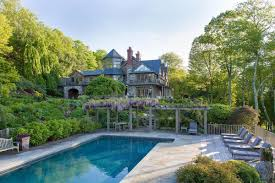 Westchester House And Home by Bruce Willis Buys 12 Million 22 Acre Site In Bedford Ny 6sqft