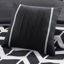 Kinsley Chevron Bedroom Set Gray Intelligent Design Peyton Bed Set