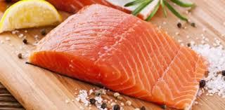 cuisiner le saumon que servir pour accompagner le saumon idées recettes aux fourneaux