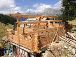 construire son chalet en bois rénovation chalet montagne d u0027alpage à risoul hautes alpes 05