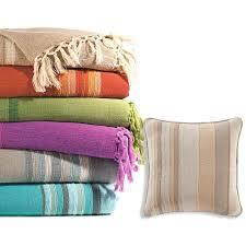 plaid boutis pour canapé plaid boutis pour canape ou jetac de canapac rayac en coton becquet