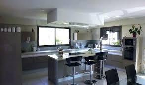 cuisine ouverte ilot central modele de cuisine avec ilot cuisine cuisine central cuisine en image