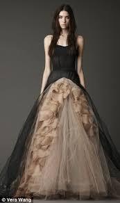 vera wang u0027s black wedding dresses mark a turning tide for bridal