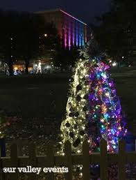 christmas tree lighting bridge street huntsville al the ultimate guide to tinsel trail 2014 our valley events