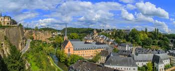 siege social axa axa luxembourg