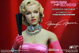 gentlemen prefer blondes marilyn monroe as lorelei lee pink